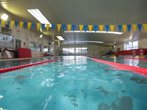 25m 天然温泉プール